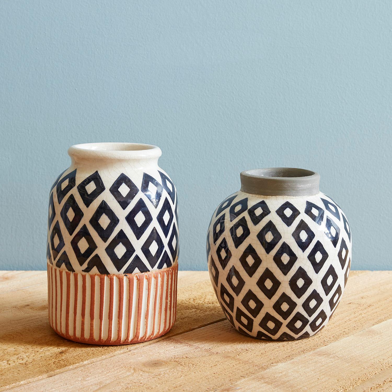 Black & White Diamonds Vase