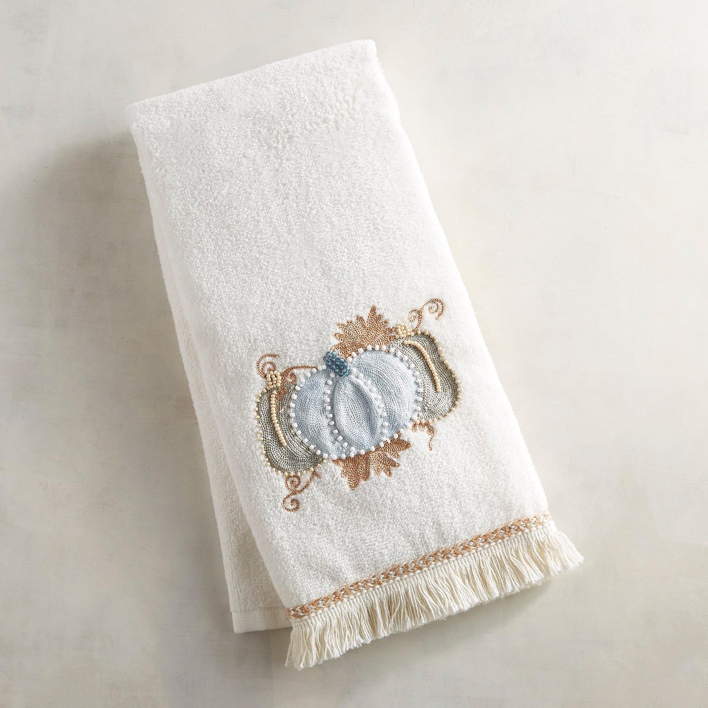 Neutral Pumpkin Fingertip Towel