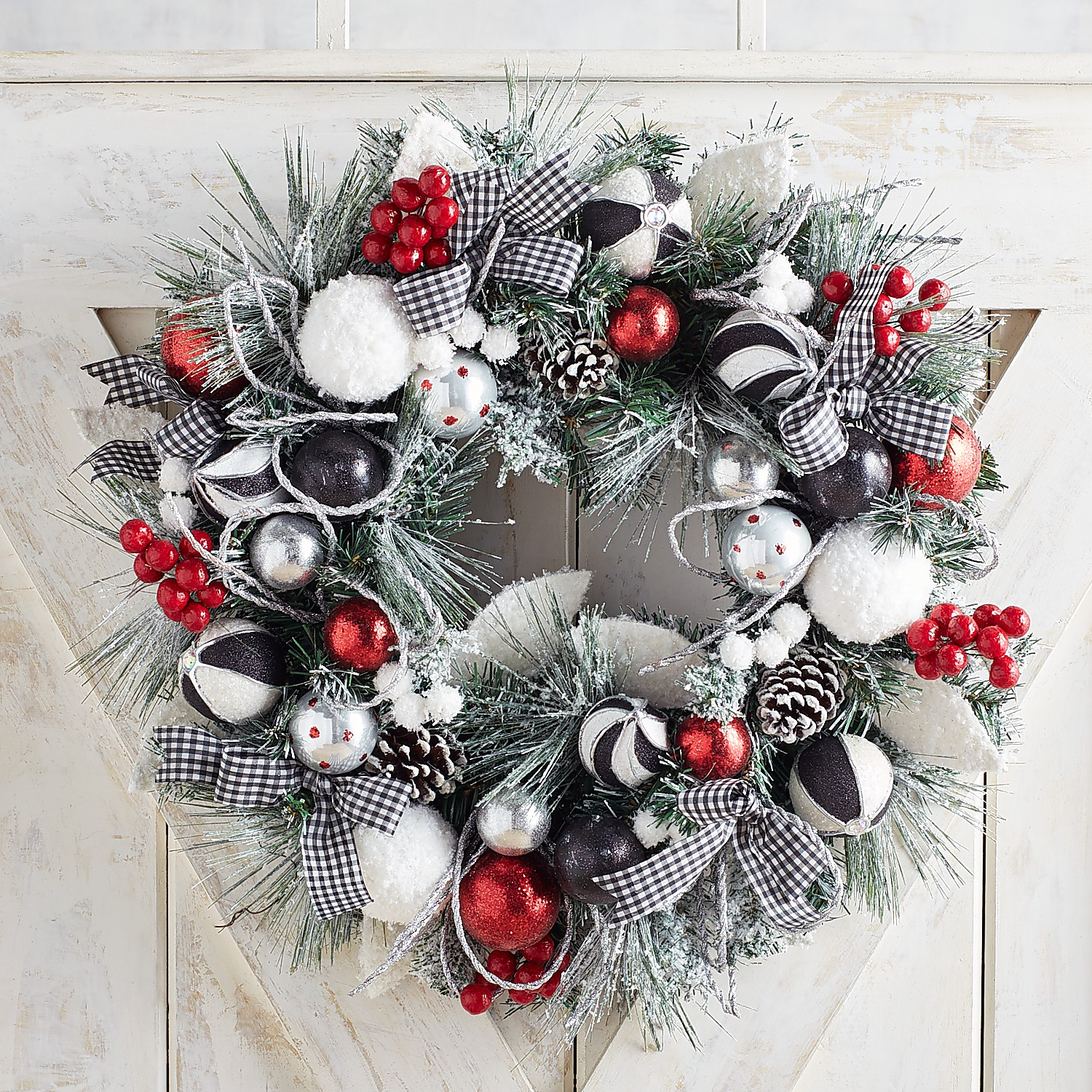 """23"""" Gingham & Red Frosted Wreath"""