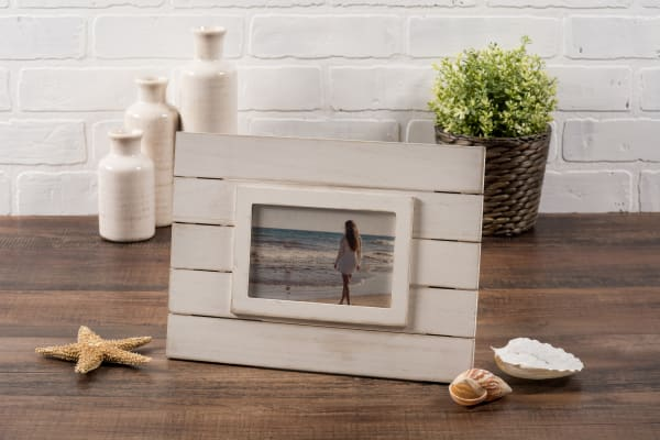 4x6 White Shiplap Picture Frame