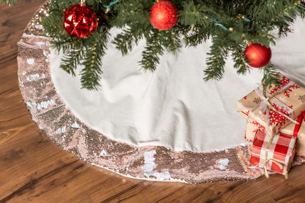 Holiday Tree Skirt Cream Velvet With Champagne Sequin Border