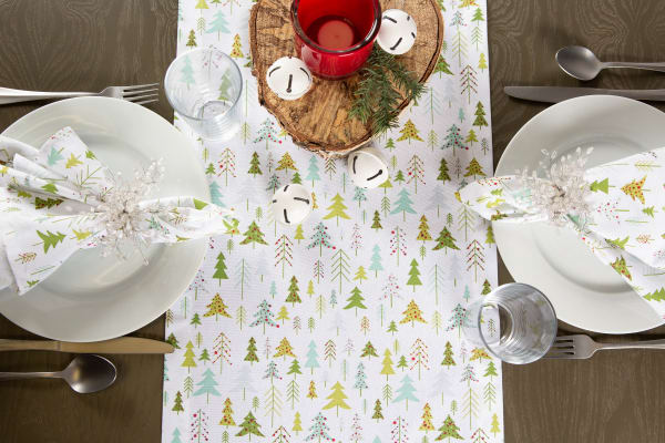 Holiday Woods Printed Table Runner 14x72