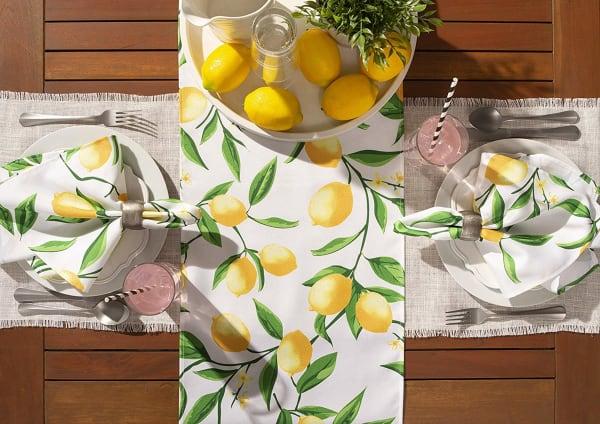 Lemon Bliss Print Outdoor Table Runner 14x72