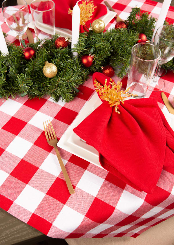 Red and White Buffalo Check Tablecloth 52x52
