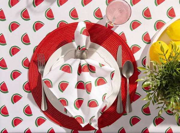 Watermelon Print Outdoor Tablecloth With Zipper 60 Round