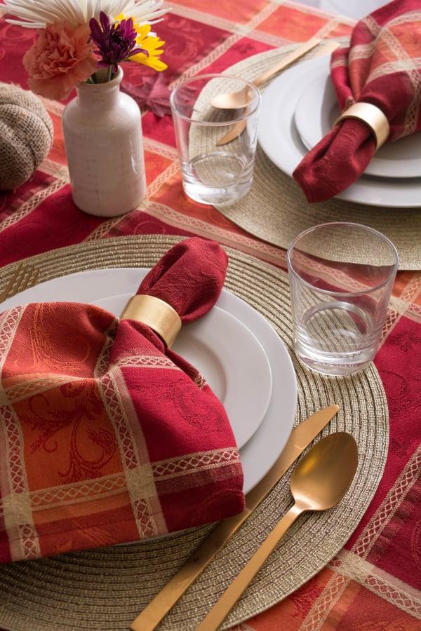 Harvest Wheat Jacquard Tablecloth 70 Round