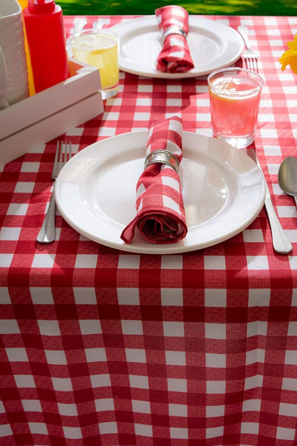 Red Check Outdoor Tablecloth 60x84