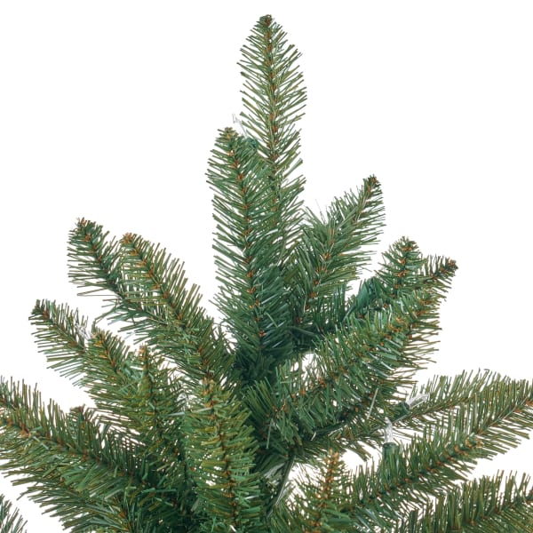 7.5-foot Norway Spruce Pre-Lit Clear String Light Hinged Artificial Christmas Tree