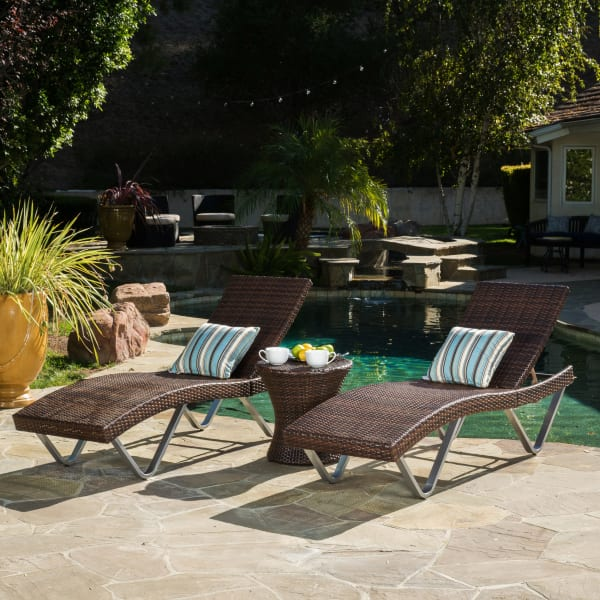Brown Chaise Lounge & Table 3-Piece Set
