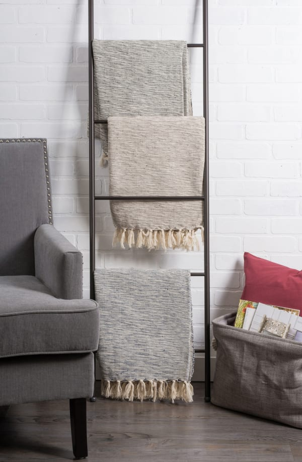 Rustic Brown Throw Blanket with Tassels