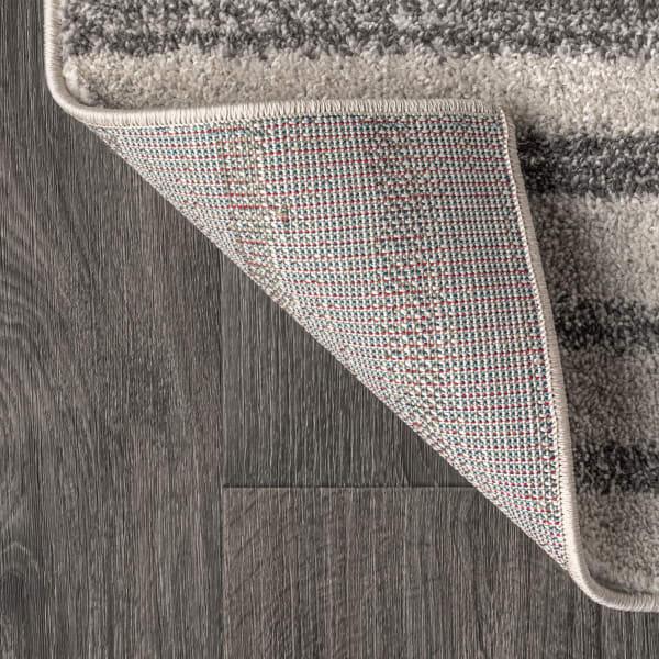 Offset Stripe Gray and Cream 3' x 5' Area Rug