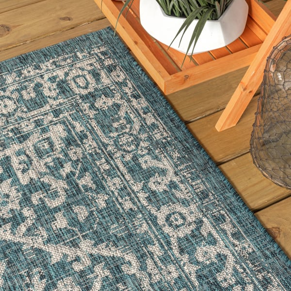 Bohemian Medallion Textured Weave Outdoor Teal/Gray 5' x 8' Area Rug