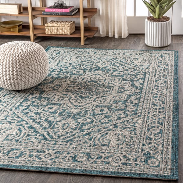 Medallion Textured Weave Outdoor Teal Blue/Gray 8' x 10' Area Rug