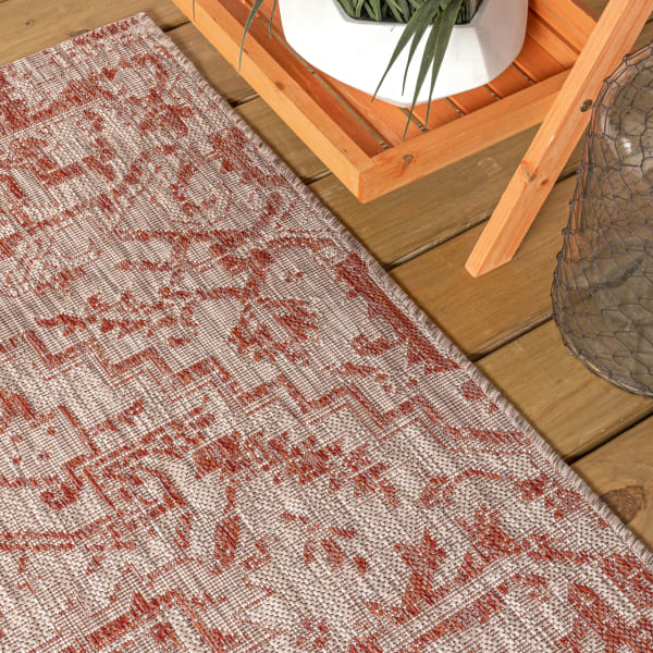Bohemian Medallion Textured Weave Outdoor Red/Taupe Rug: 2' x 8' Runner Rug