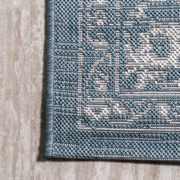 Filigree Outdoor Teal/Ivory 3' x 5' Rectangular Area Rug