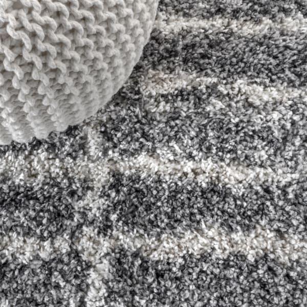 Stacked Grid Shag Grey/Ivory 2.25' x 8' Runner Rug