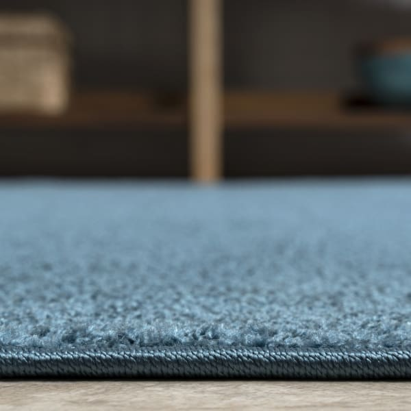 Haze Solid Low-Pile Turquoise 2' x 8' Runner Rug