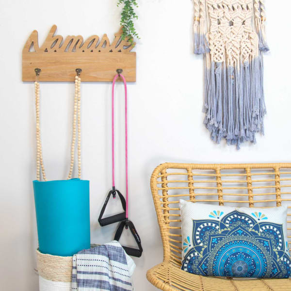 Greeting with Hooks Wooden Wall Decor