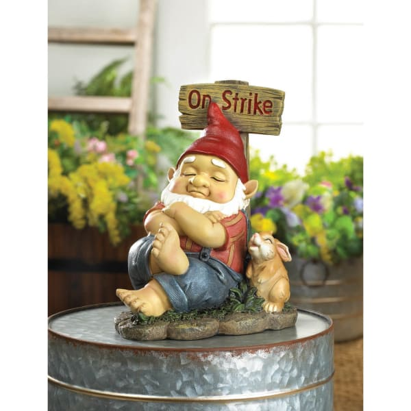 Garden Gnome on Strike