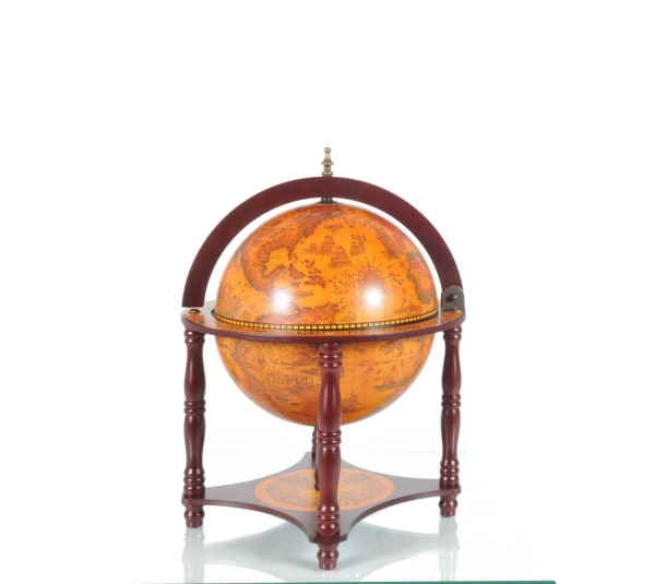 Globe Chess Set