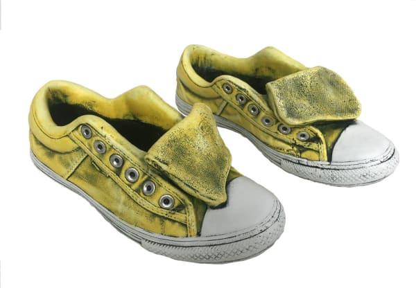 1 Pair Yellow Sneaker Planter