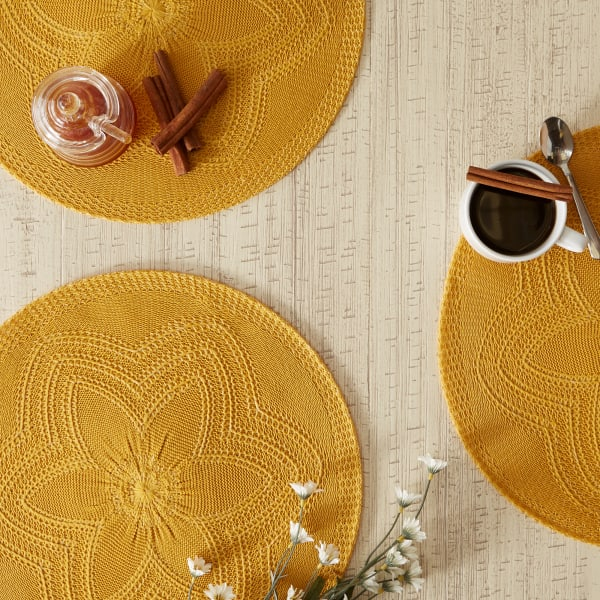 Honey Gold Floral Woven Set of 6 Round Placemats