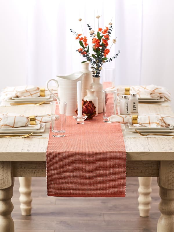 Vintage Red & White 2-Tone Ribbed Table Runner