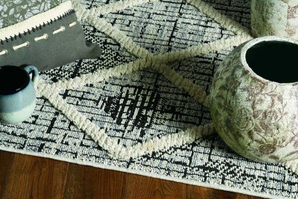 3' x 5' Charcoal Diamonds Area Rug with Fringe