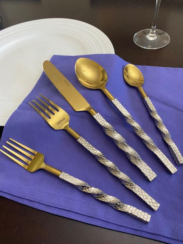 Desinger Gold 20 Piece Service for 4 Flatware Set