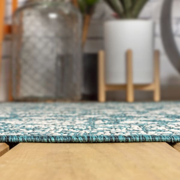 Tela Bohemian Textu Weave Floral Teal and Gray Outdoor Runner Rug