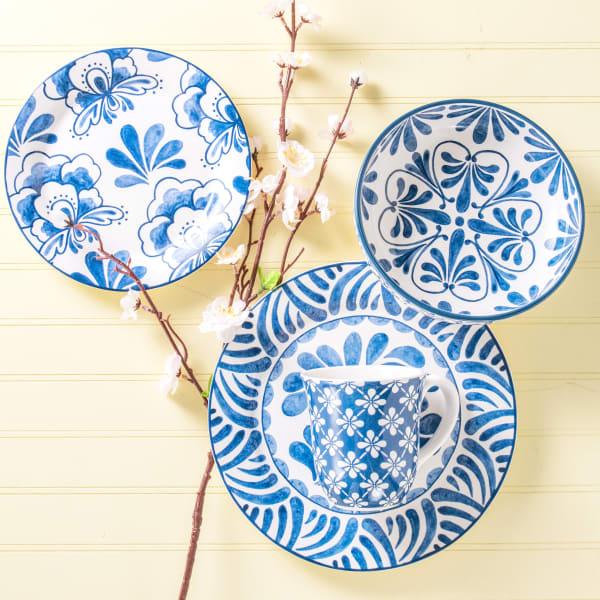 Pier 1 Blue Fleur Salad Plates, Set of 4
