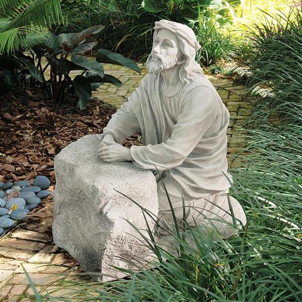 Jesus in the Garden of Gethsemane Statue