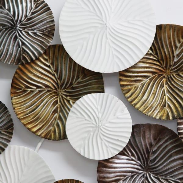 Tri Color Modern Circles Metal Wall Decor