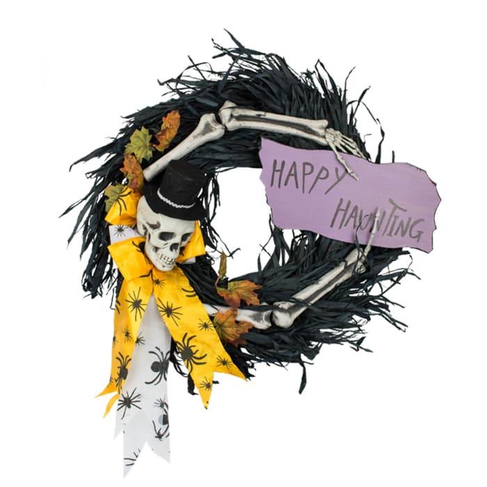 Happy Haunting Wreath