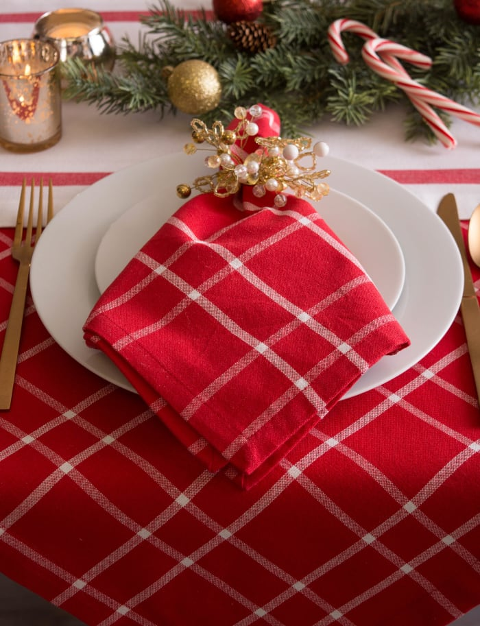 Holly Berry Plaid Tablecloth 60x104