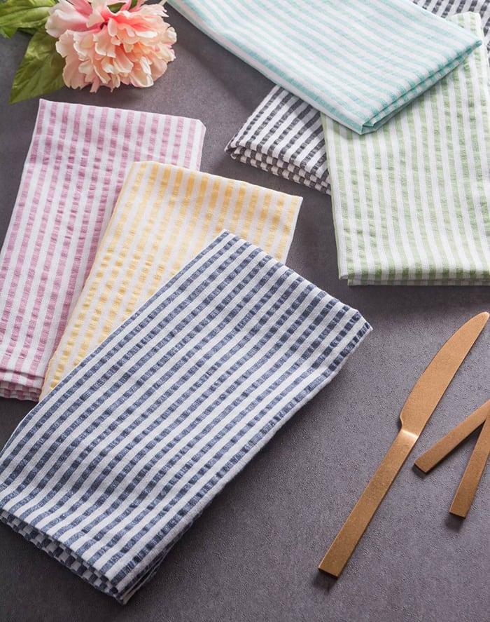 Aqua Seersucker Tablecloth 60x104