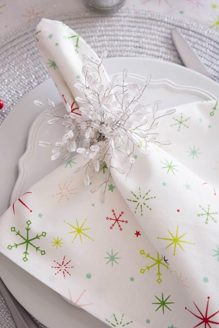 Christmas Star Print Table Set