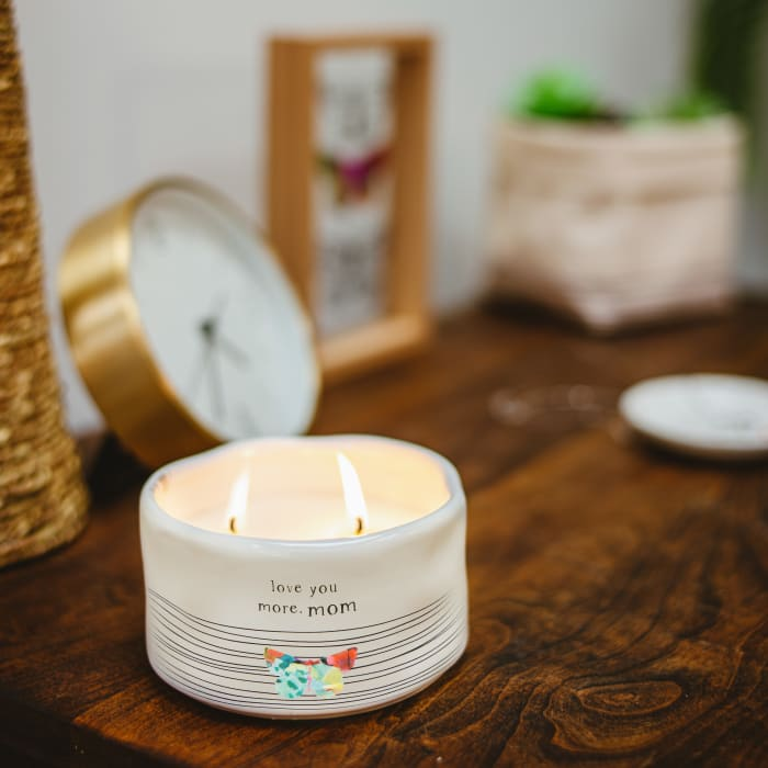 Mom - 100% Soy Wax Candle Scent: Tranquility