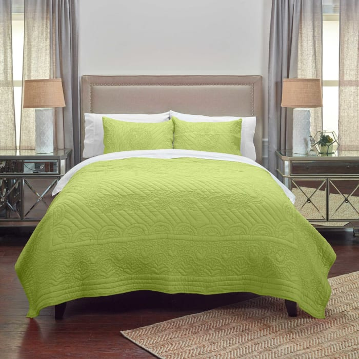 Moroccan Fling Lime Quilt, king
