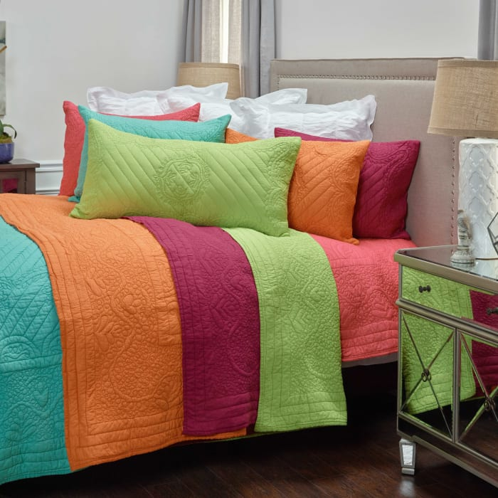 Moroccan Fling Lime Quilt, twin