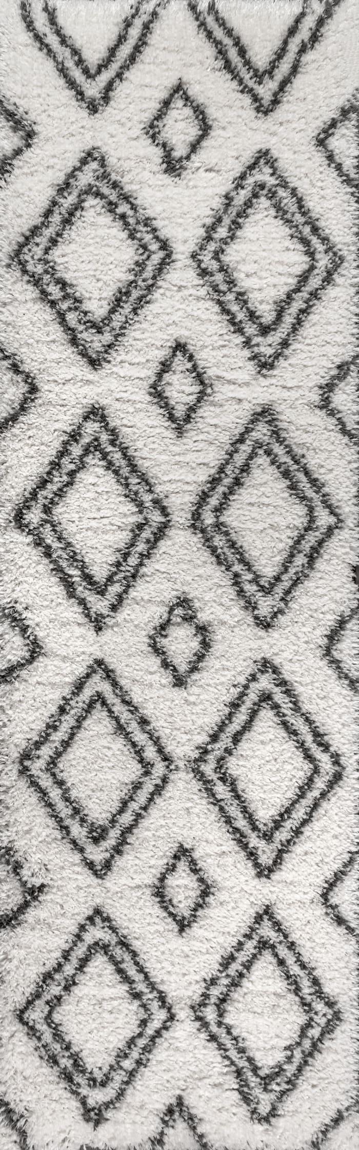 Moroccan Style Diamond Shag Ivory/Dark Gray 2.25' x 8' Runner Rug
