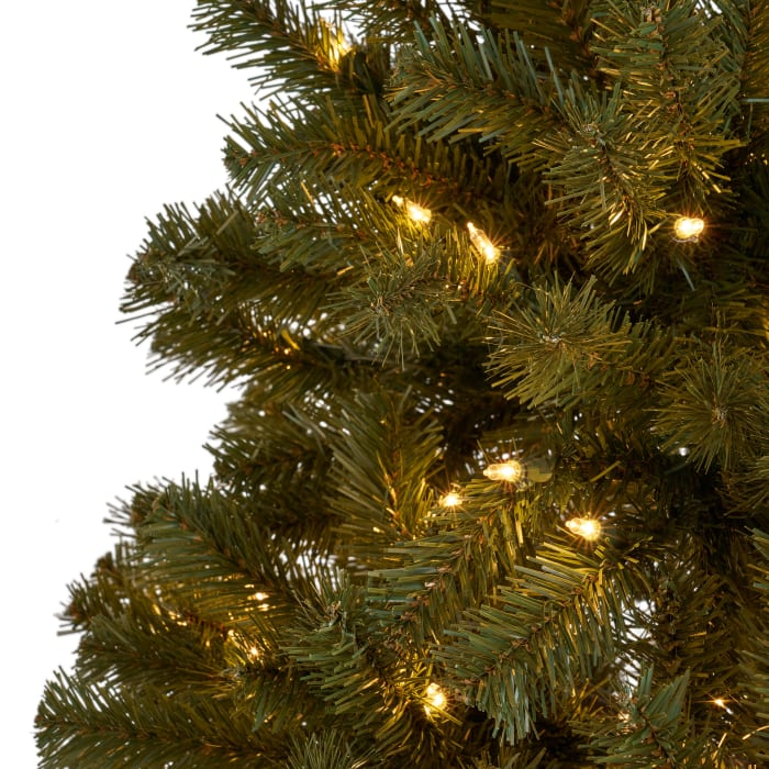 7.5-foot Noble Fir Pre-Lit Clear String Light Hinged Artificial Christmas Tree