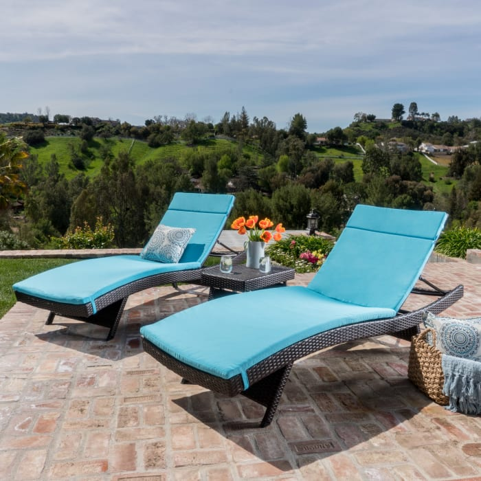 Chaise Lounger & Side Table 3-Piece Set