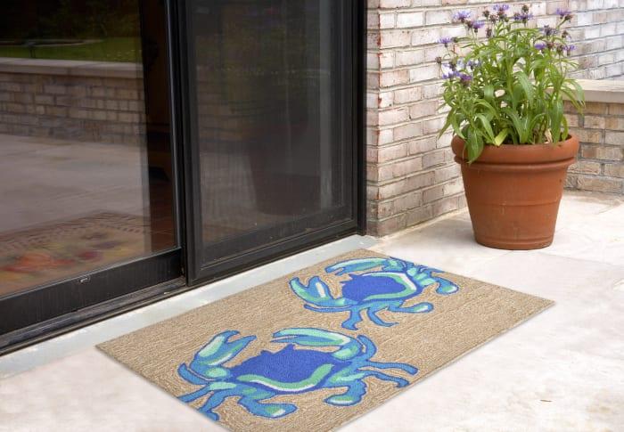 Blue Crabs Outdoor Rug 2'6
