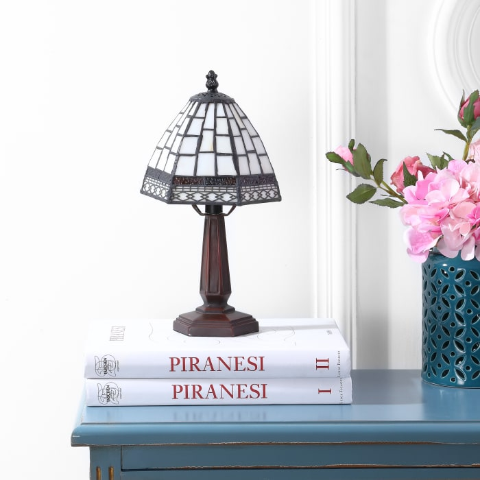 Carter Tiffany-Style Table Lamp, Bronze