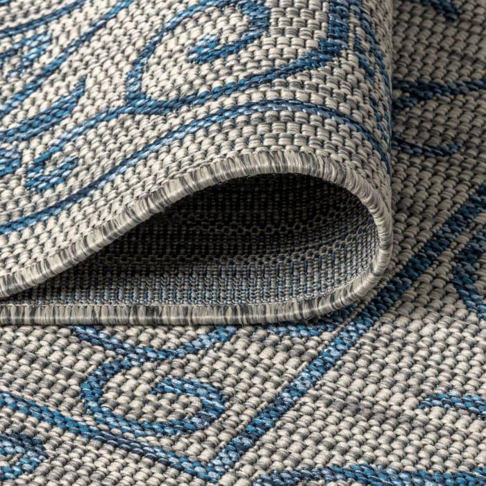 Vintage Filigree Textured Weave Outdoor Gray/Navy 5' x 8' Area Rug