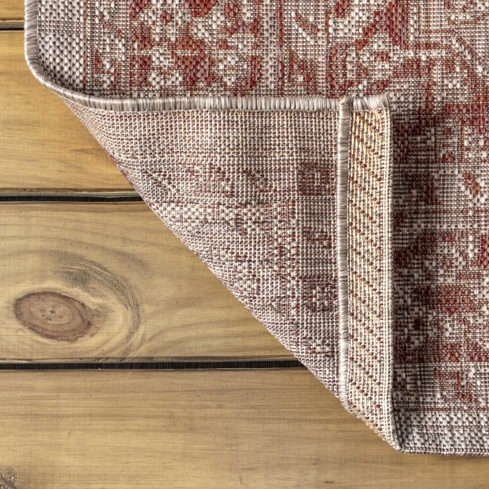 Boho Medallion Textured Weave Outdoor Red/Taupe 5' x 8' Area Rug