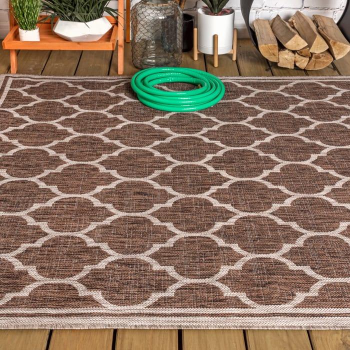 Trebol Moroccan Trellis Textured Weave Outdoor Espresso/Taupe Rug: 3' x 5' Area Rug