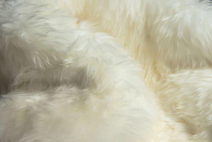 Natural Sheepskin 4 x 6 Area Rug