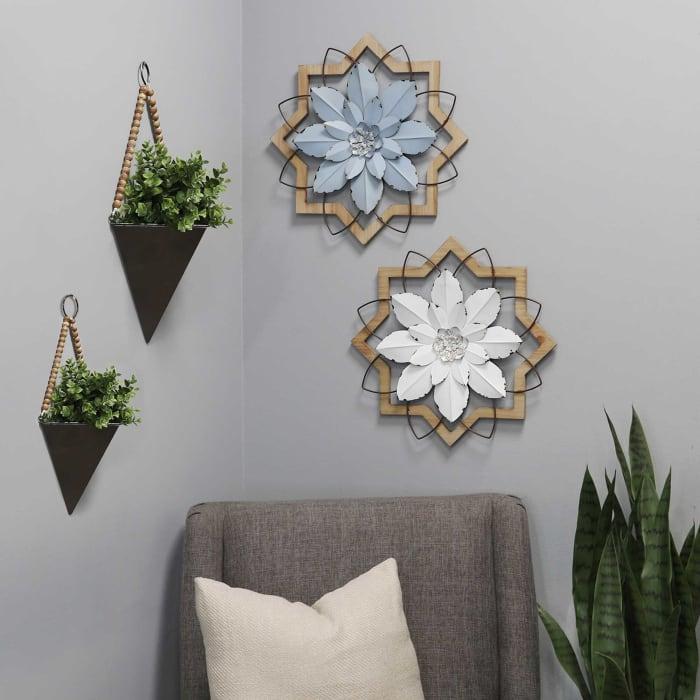 Set of 2 Green Triangle Planters Metal & Wood Wall Wall Decor